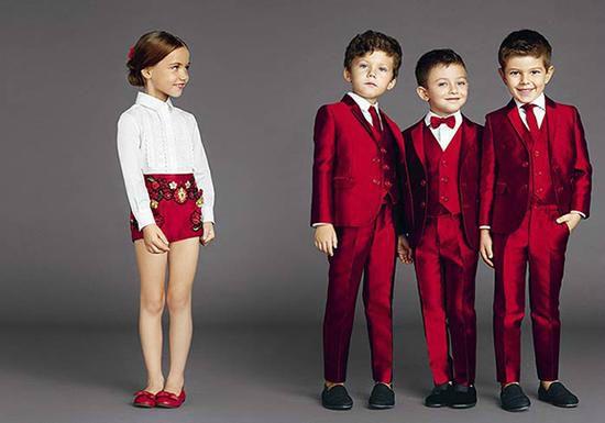 从小有范!今年最潮奢侈品是童装