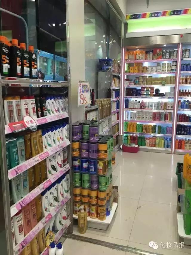 严禁推销!一个县城的美妆百货如何凭借会员体验垄断当地市场并年入两千万?