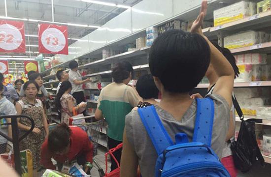 宁波欧尚5折反击电商双十一 人流是平时3倍