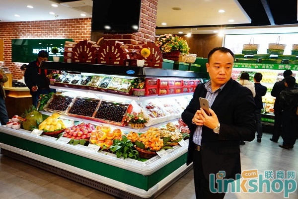 从一辆三轮车到500家店 鲜丰水果韩树人的生意经