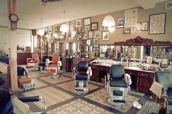 三里屯开了家型男复古理发店 高富帅排队排疯了