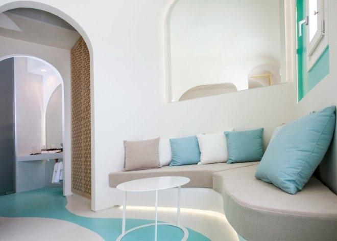 这家在爱琴海边的旅馆 有一种不切实际的美感