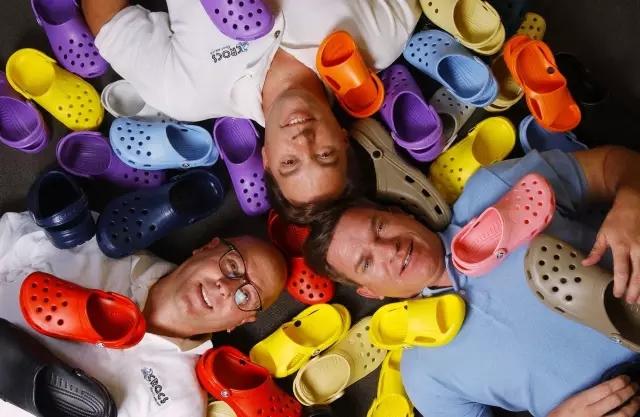 Crocs凭一双丑鞋年销8000万只 如今面临生死考验