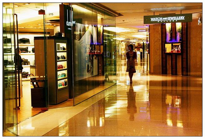 香港零售物业难赚太古广场销售额跌12.8%