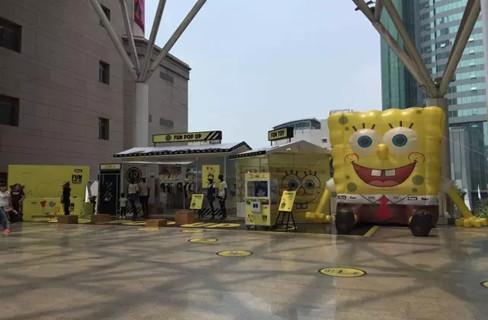 杭州武林银泰推海绵宝宝主题活动 引入4米高玩偶