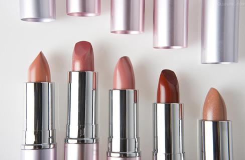 美妆能在美国实体零售寒冬中逆势增长,靠的是什么?