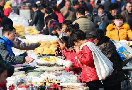 天津169家重点监测企业初一实现销售收入1.7亿