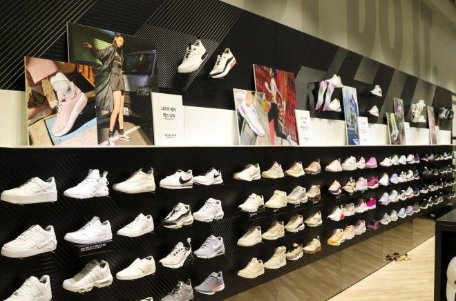 韩国东大门都塔购物中心耐克概念店开业