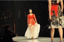 宁波国际服装节 靓模T台秀时装