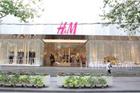 H&M全球3家旗舰店2014年定制圣诞主题橱窗设计!