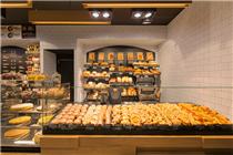 波兰Bartkowscy面包店装修设计