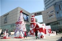 杭州银泰城圣诞节可口可乐北极熊美陈装饰