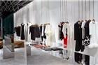 贝嫂设计的首个零售旗舰店Victoria伦敦开业 不设收银台