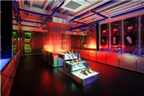 阿迪达斯Springblade刀锋跑鞋实验室