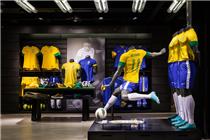 里约热内卢耐克伊帕内玛店运动服装店陈列
