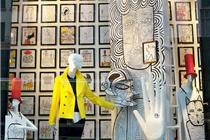 纽约Bergdorf Goodman百货橱窗的插画主题
