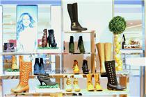 菲律宾马尼拉SM百货鞋区陈列