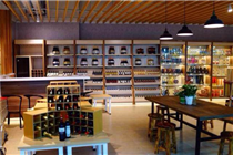 冠超市南宁东凯店开业 打造极致购物体验