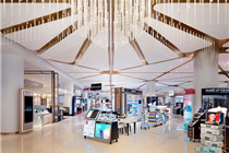 泰国曼谷Siam Paragon购物中心化妆品专区陈列