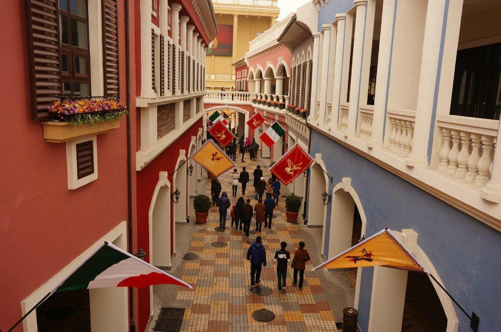天津威尼都购物中心试营业 古堡建筑惹眼球