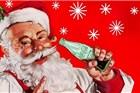 圣诞老人也爱喝可口可乐 所以一直穿着红衣服?