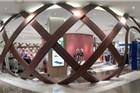 北京五棵松卓展购物中心:一个巨大的L型建筑物