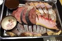 游客哈尔滨吃鱼消费万元 餐厅:明码实价