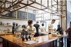 上海去精品咖啡店人渐多 和喝星巴克有何不同