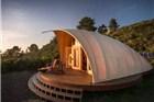 住在这个帐篷里 你就能享受豪华版的野营体验