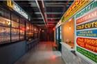 澳大利亚的电视台演播厅里 藏着一小块纽约街区
