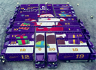 这圣诞活动赞!24辆卡车每天免费送巧克力