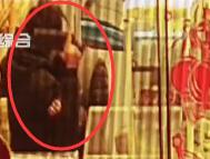 便利店女店员冷静应对抢劫 歹徒1小时后落网