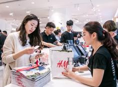 H&M青岛万象城新店开业 新一轮时尚热潮拉开序幕