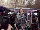 """麦当劳公交车音乐会 流行巨星Jessie J嗨""""翻""""巴士"""