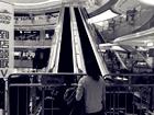 心有余悸!宁波商场扶梯故障巨响后零件乱飞