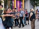 德国一购物中心枪击案致10人死亡27人伤