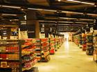 全台湾30余万户停电 超市等商家照常营业